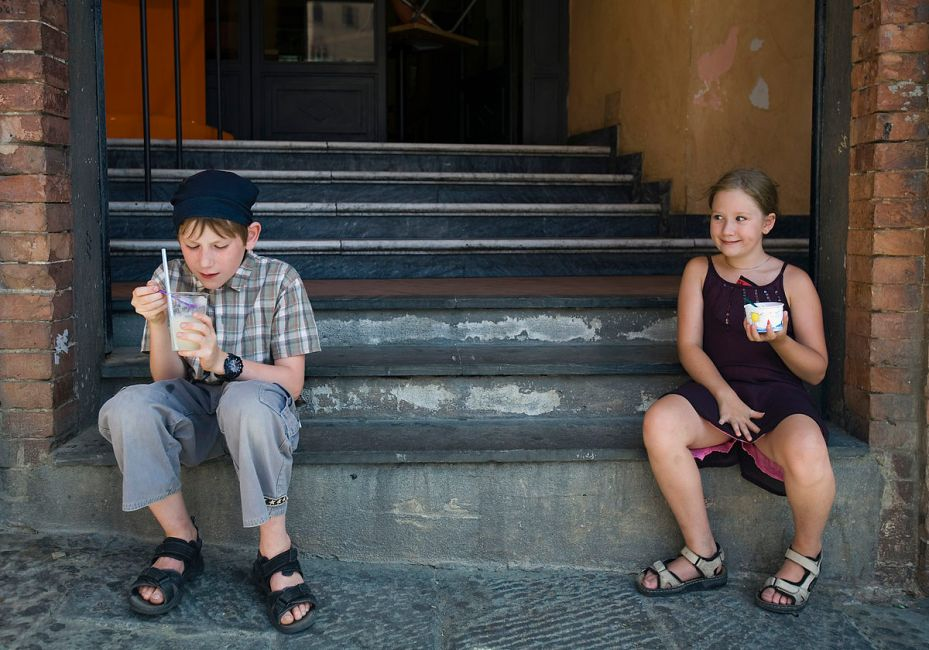 A Boy and a Girl Eating Ice Cream in Siena. By Jorge Royan, Argentina