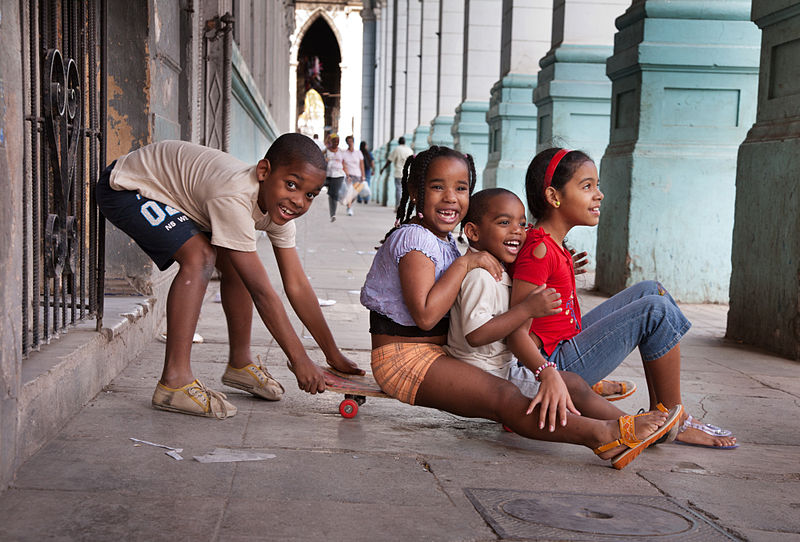 Children Having Fun in Havana. By Jorge Royan, Argentina.